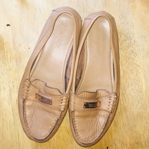 Closed leather coach shoes